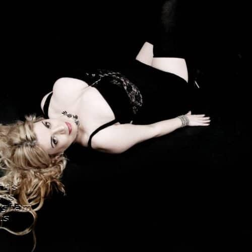 Angelina Busty Blonde Escort Nottingham At Midlands Maidens
